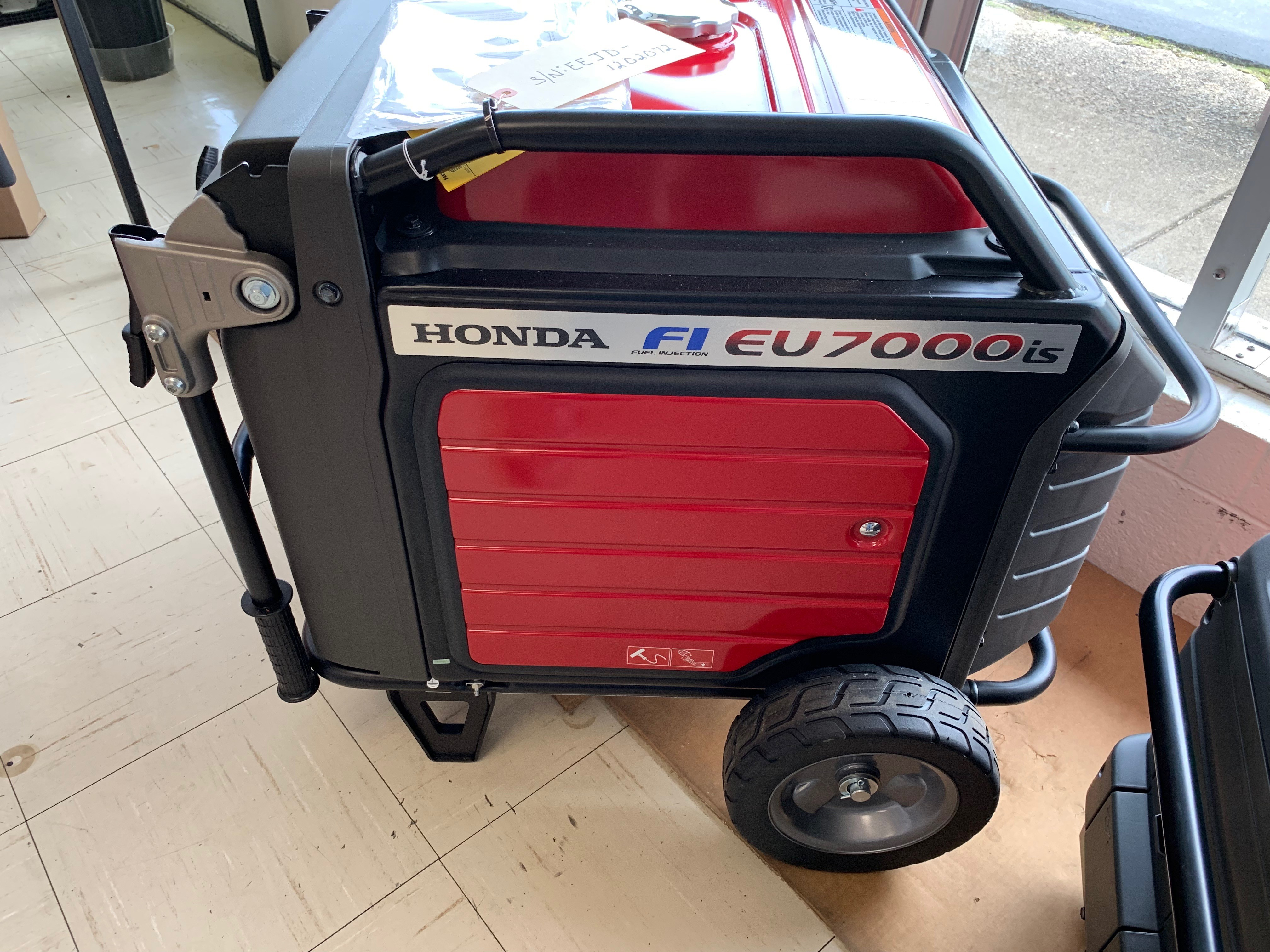 HONDA EU7000is